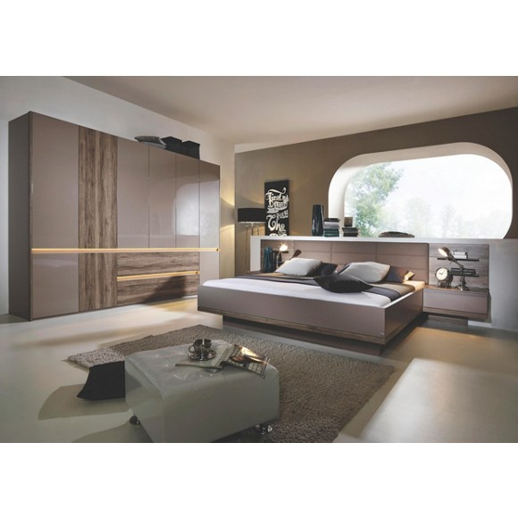 schlafzimmer in eichefarben fango komplette schlafzimmer schlafzimmer produkte. Black Bedroom Furniture Sets. Home Design Ideas