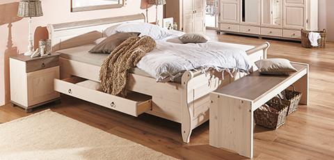 Schlafzimmer aus massivholz for Schlafzimmer massiv